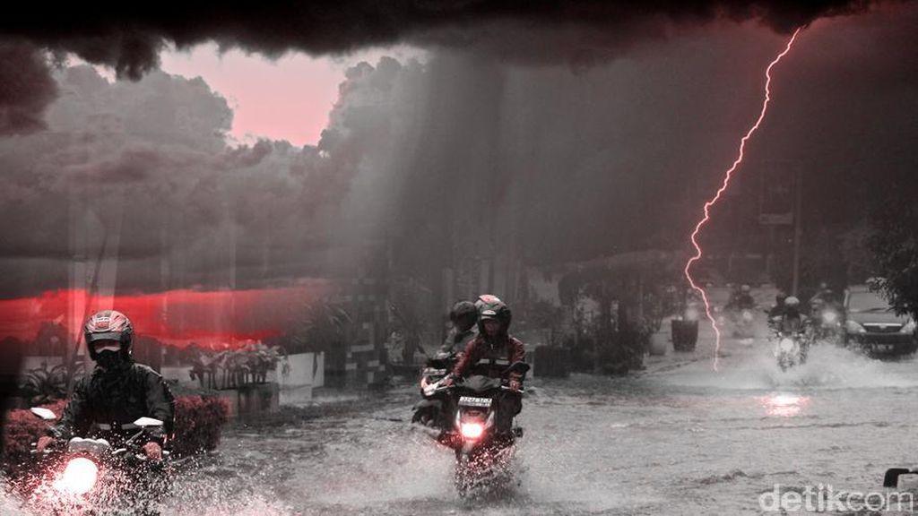 Jakarta Diguyur Hujan Deras, Kemang Jaksel Tergenang Lagi