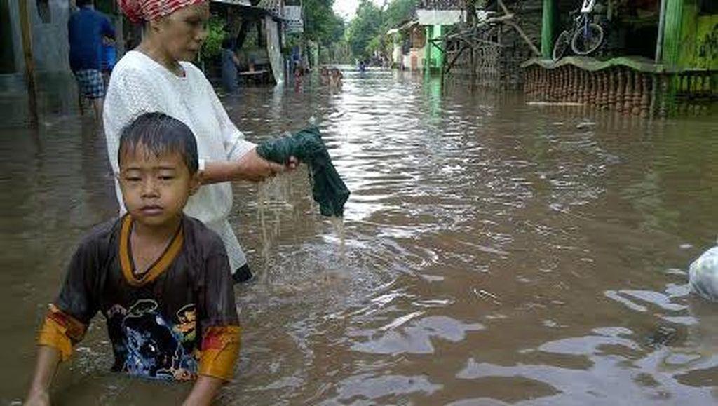 Banjir Hantui Pasuruan, Bupati Minta Camat dan Kades Update Info Bencana