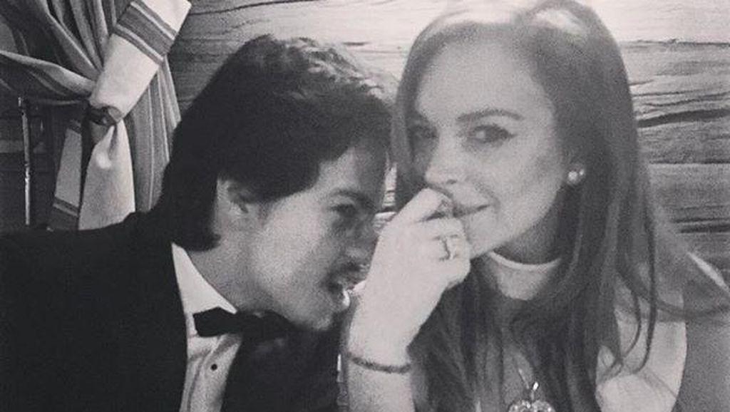 Habis Kasari Lindsay Lohan, Tunangan Liburan dengan Cewek Lain