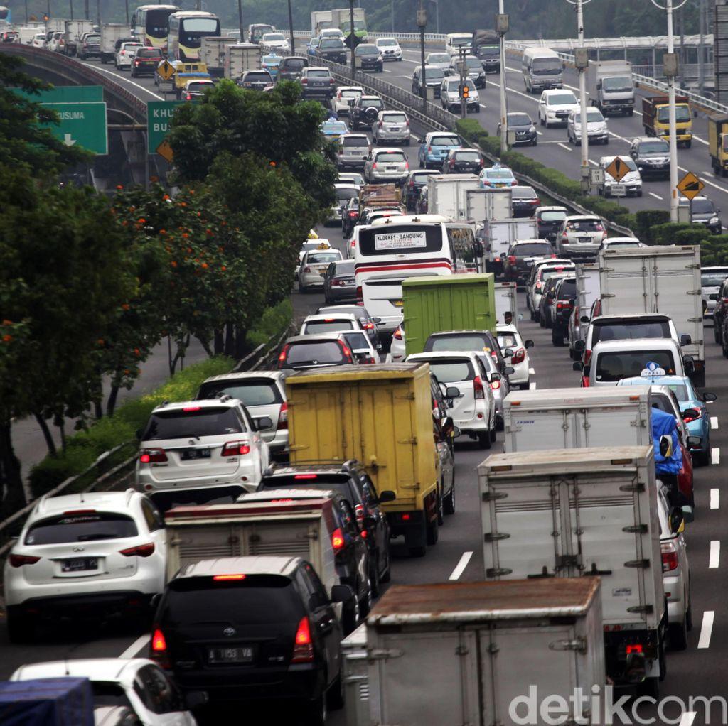 Contra Flow di Tol Jakarta-Cikampek Diberlakukan Jika Macet Lebih dari 5 Km