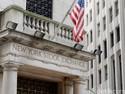 Wall Street Naik Hingga 1%