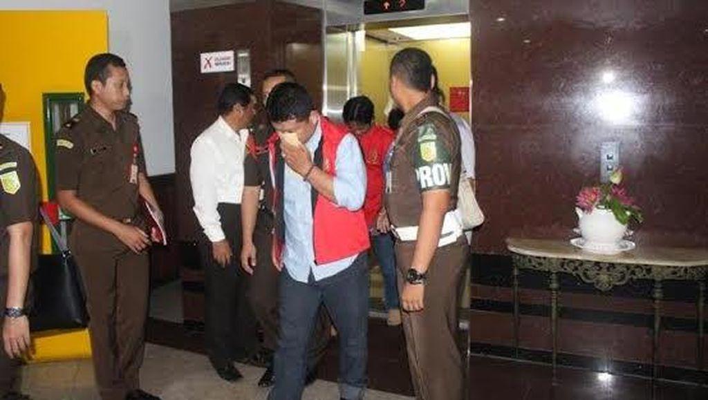 Kejati Jebloskan Lima Tersangka Baru Kasus Korupsi KPU Jatim