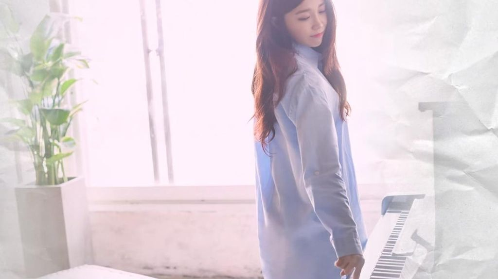 Hopefully Sky, Lagu Debut Solo Eunji A Pink Raih Gelar All Kill!