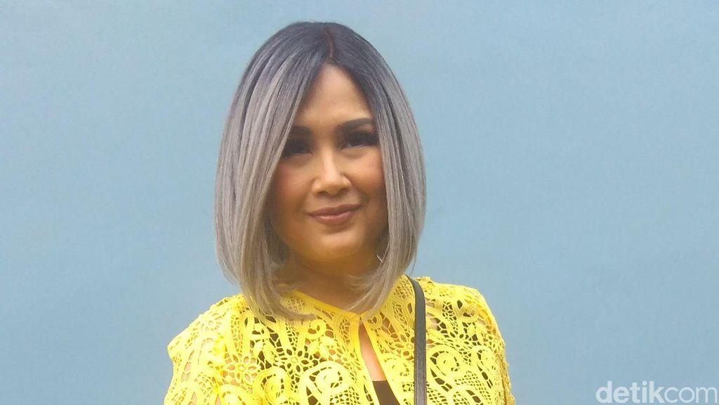 Titi DJ Tak Pasang Kriteria Soal Pasangan yang Cocok