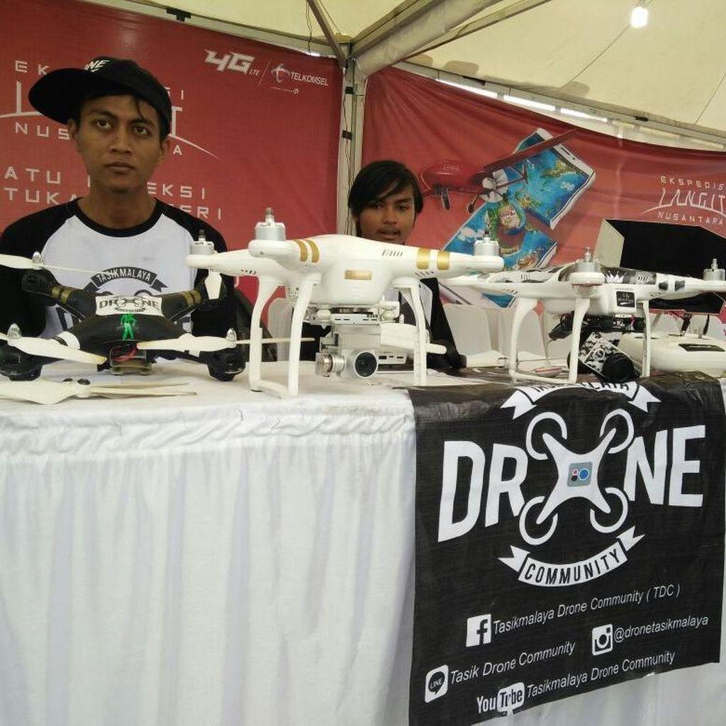 Geliat Anak-anak Muda Tasikmalaya Menjelajah Udara Pakai Drone