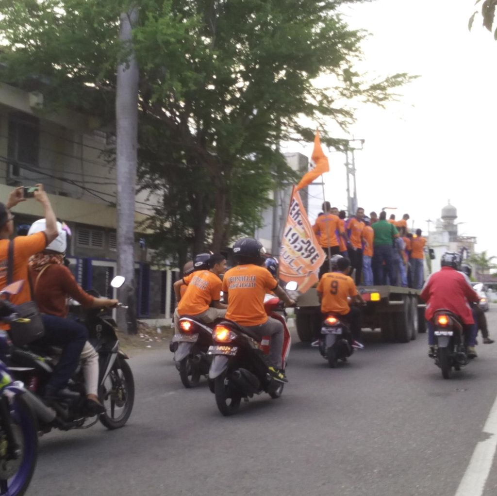 Persiraja Banda Aceh Diarak Keliling Kota Jelang Laga ISC B