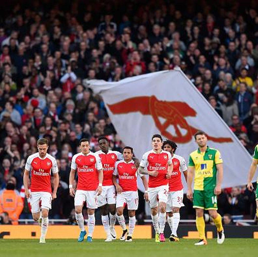 Protes Suporter Iringi Kemenangan Arsenal