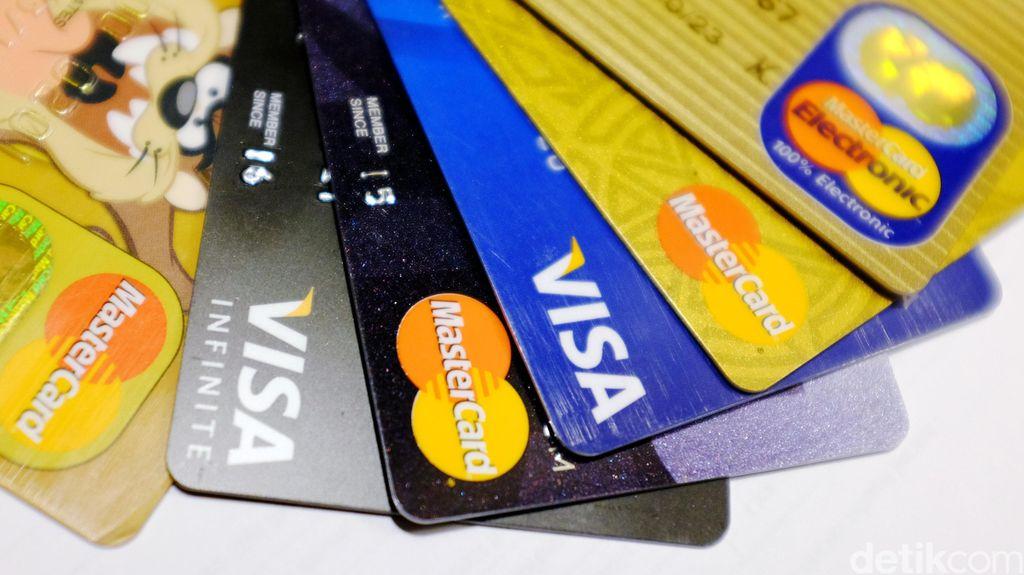 Kartu Kredit Rusak, Kartu Pengganti Belum Diterima