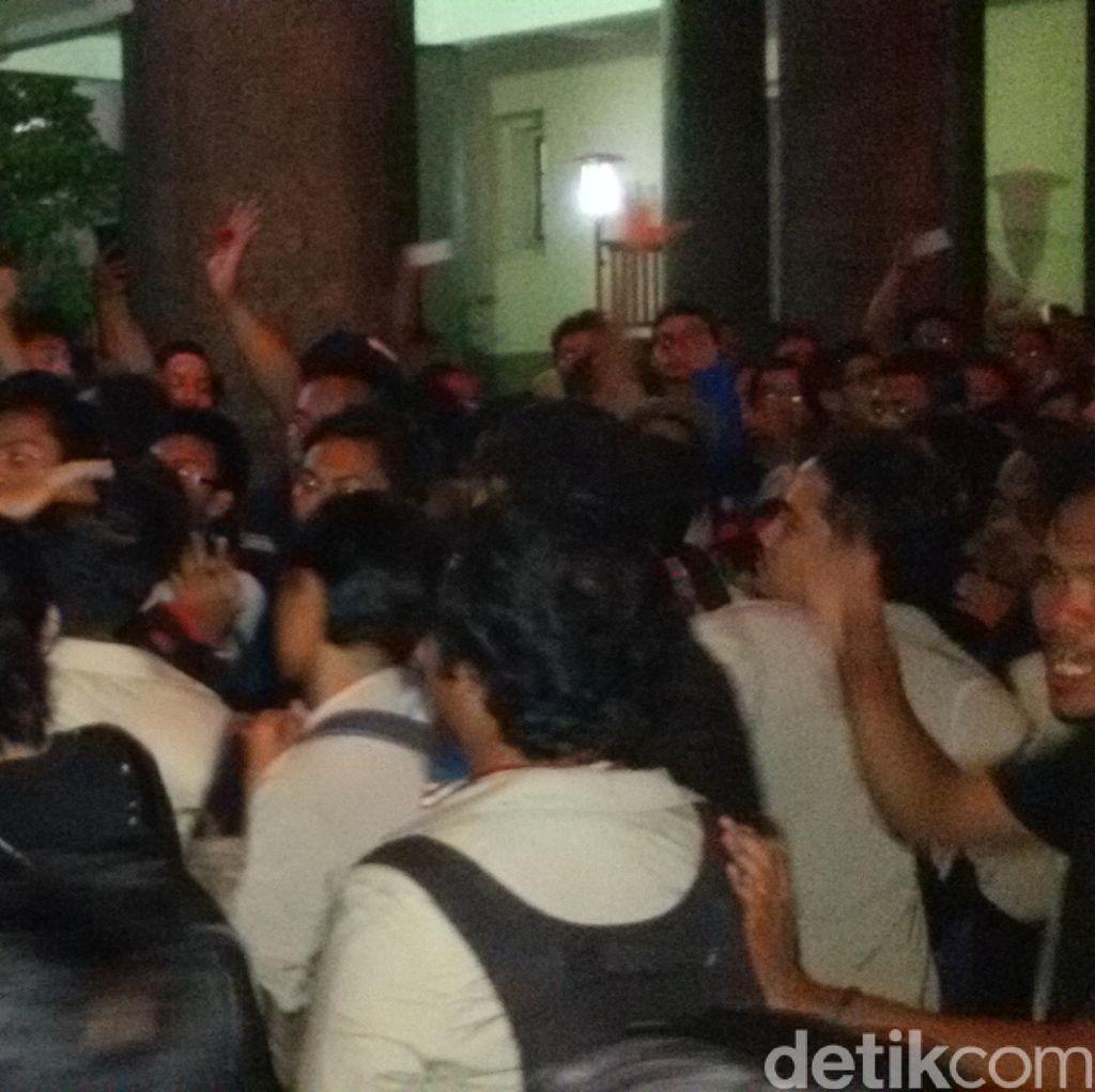 Demo di UGM, Mahasiswa Akan Bermalam di Balairung hingga Pagi