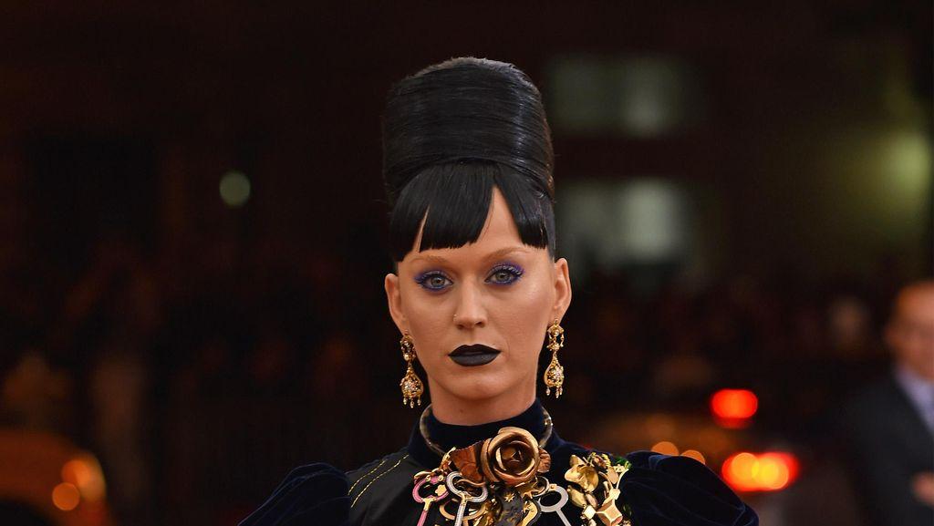 Katy Perry Ingin Taylor Swift Minta Maaf Padanya