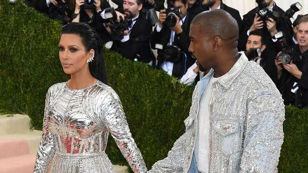 Futuristic Lover! Kim Kardashian dan Kanye West di Met Gala 2016