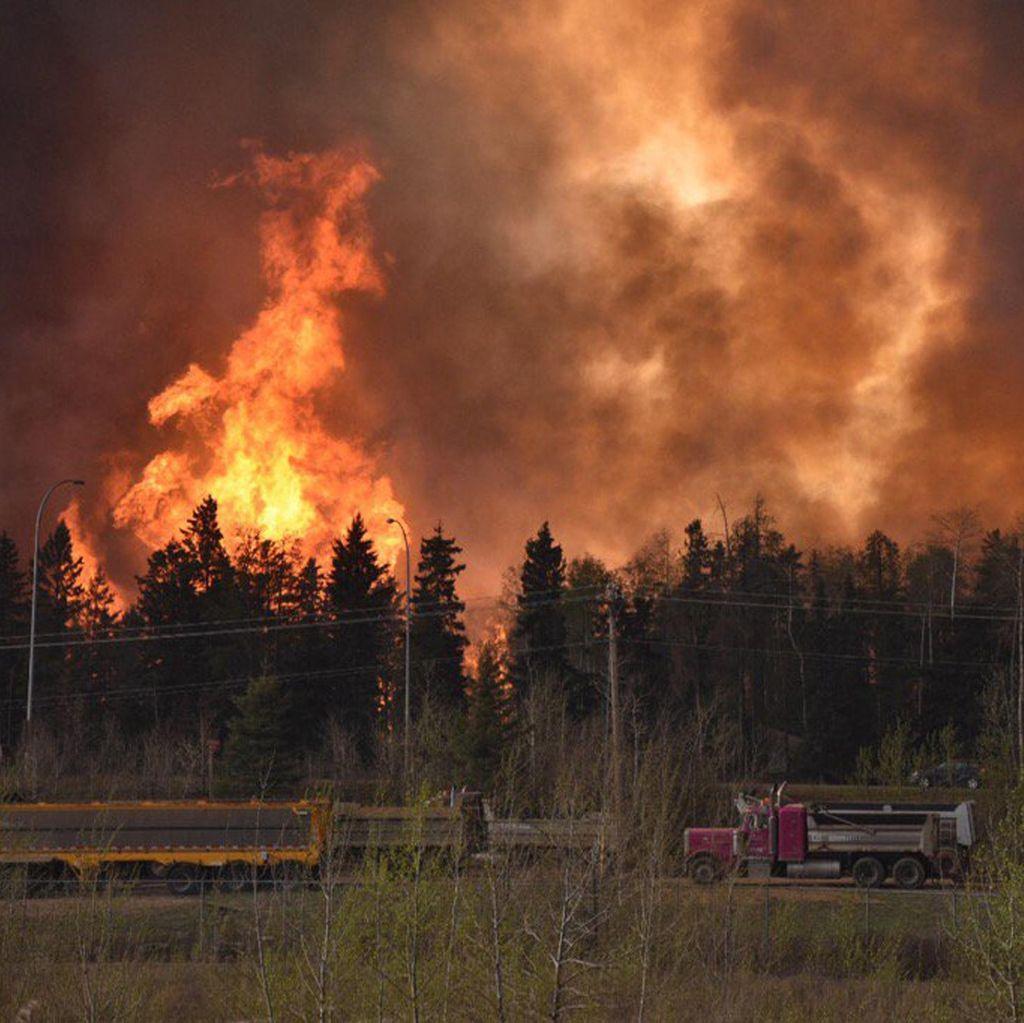 Kota di Kanada Dilanda Kebakaran Hebat, 100 Ribu Warga Dievakuasi