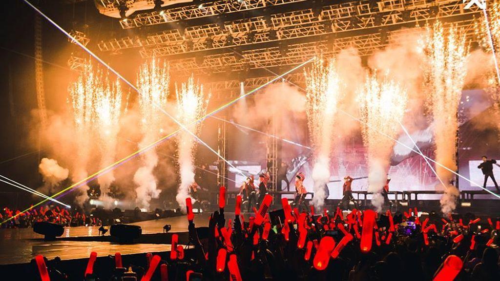 Rhythm Ta! Serunya Konser iKON di Hong Kong