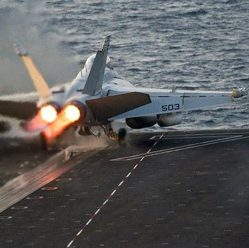 Pesawat Tempur China Adang Pesawat Mata-mata AS