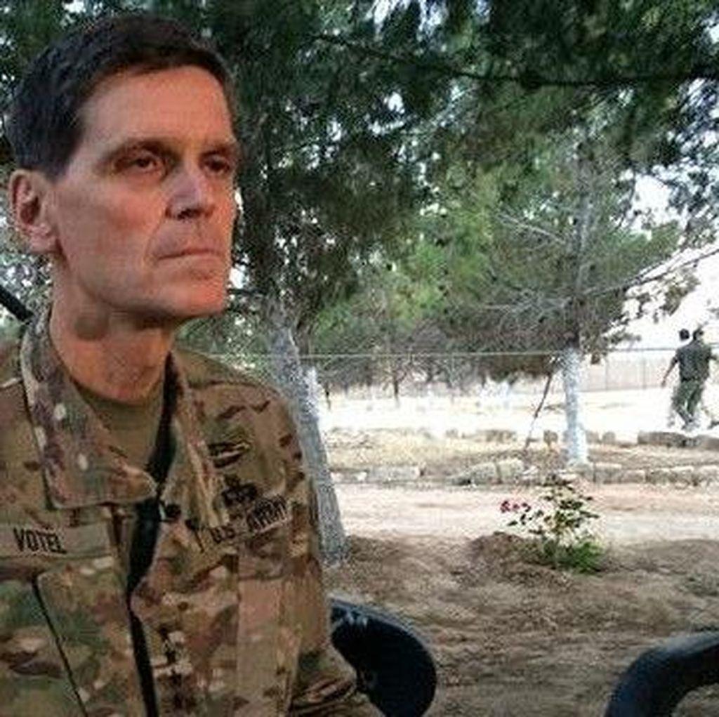 Jenderal AS Mengunjungi Suriah Secara Diam-diam