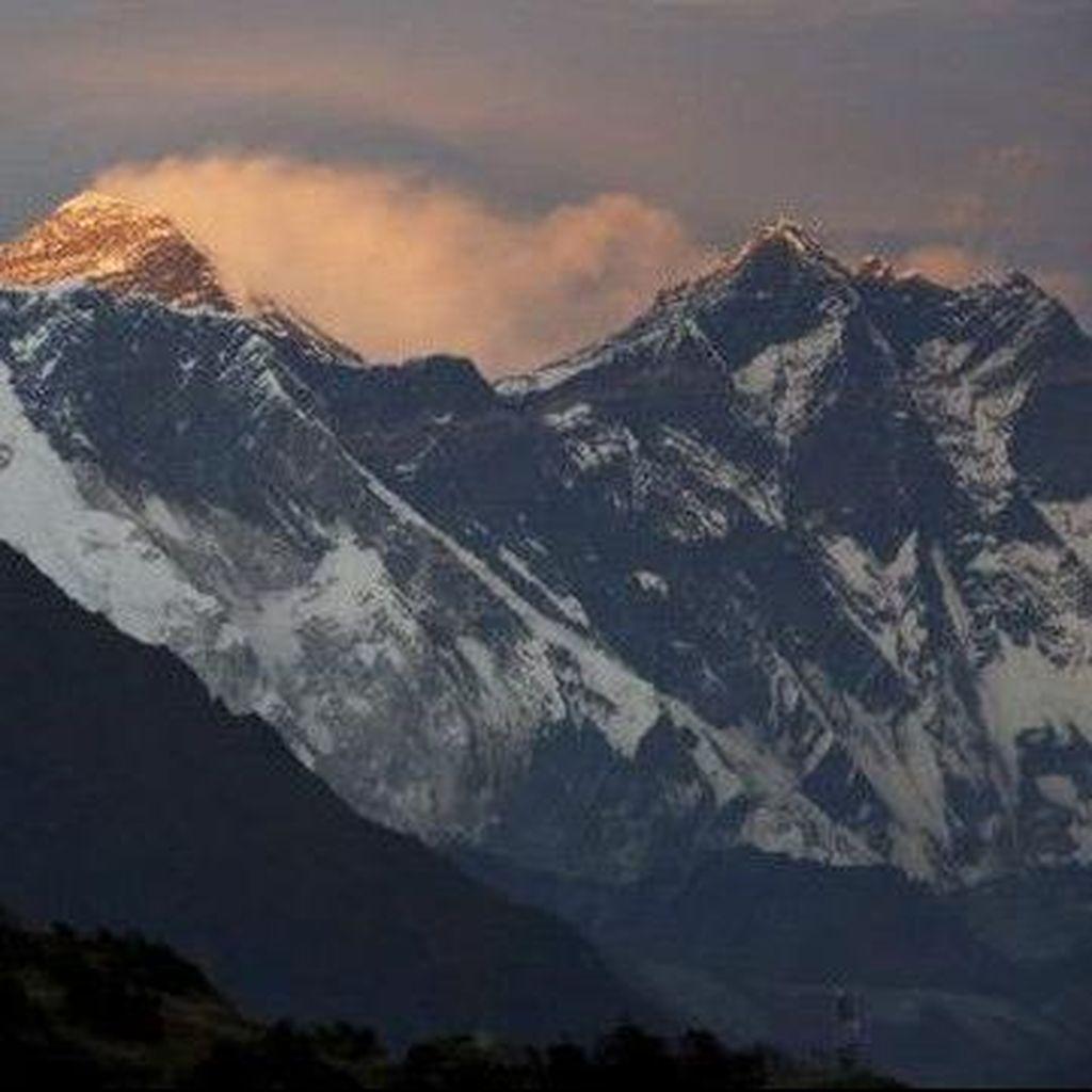 Sejak Kamis Lalu, 4 Pendaki Meninggal Dunia di Gunung Everest
