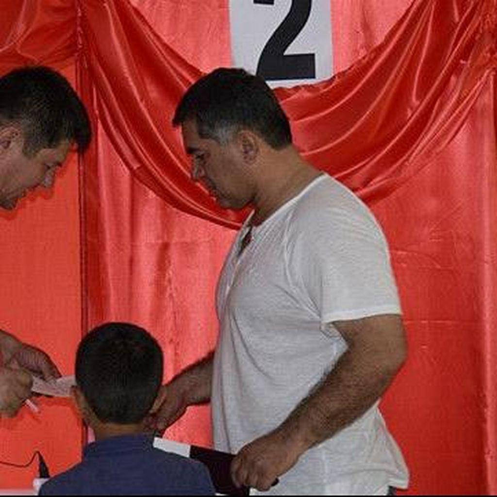 Tajikistan Gelar Referendum terkait Larangan Partai Islam