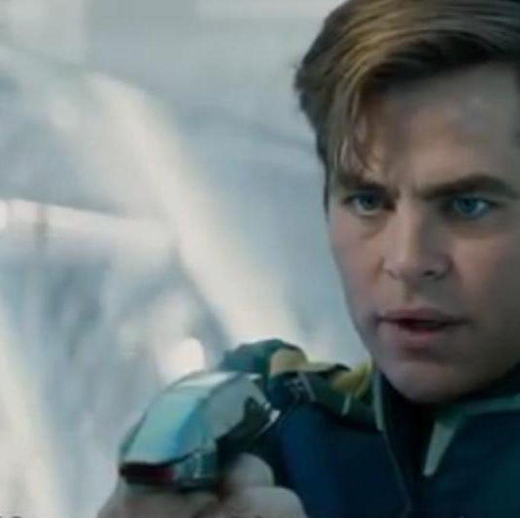 Bagaimana Nasib Captain Kirk di Star Trek Beyond?