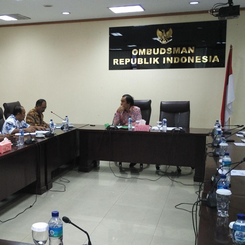 Kecewa Dengan Kebijakan MenPANRB, Guru Honorer K2 Datangi Ombudsman