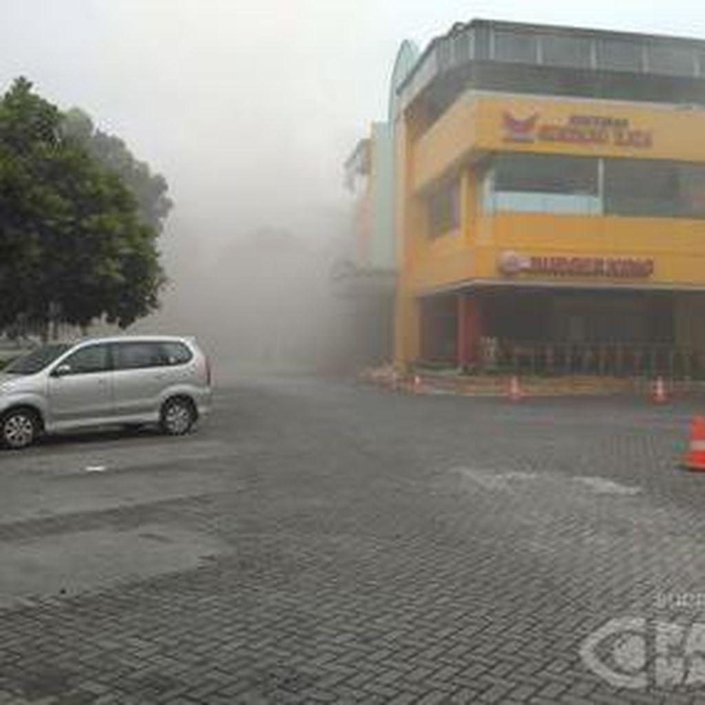 Kebakaran di Restoran Cepat Saji di Rest Area Cibubur Sudah Padam