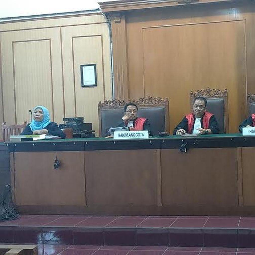 Terdakwa Penipuan Batu Bara Masih Sakit, Dibantarkan ke RS Medistra Jakarta
