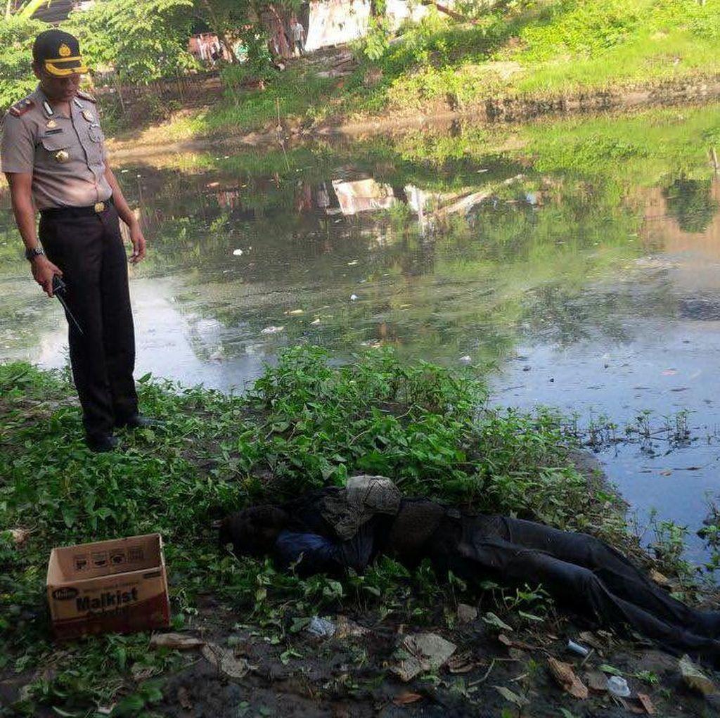 Mayat Pria Berambut Pirang Ditemukan Mengapung di Kali Cakung