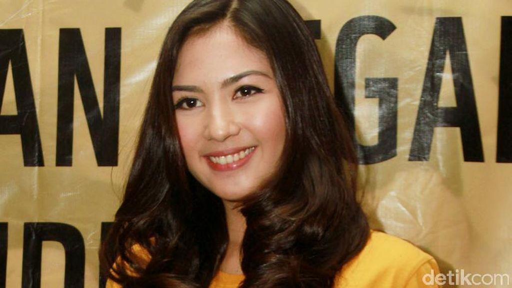 Jessica Mila Belum Siap Menikah dengan Mischa Chandrawinata