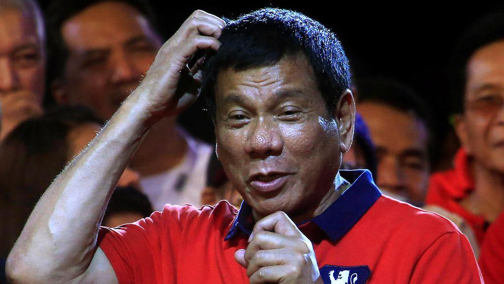 Presiden Filipina Dilantik, Toko Roti Rugi Rp1,3 Milyar