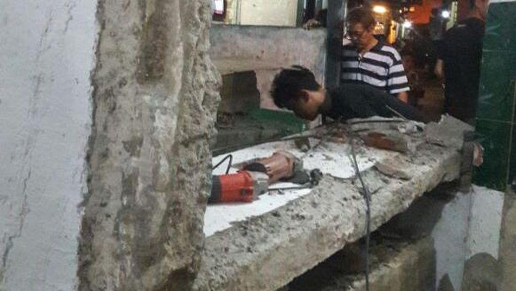 Korban Tertimpa Bangunan Masjid Roboh di Mampang Akhirnya Meninggal