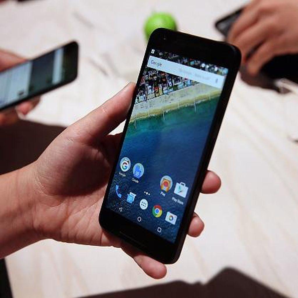 Beli Smartphone Baru, Diberi Unit Display