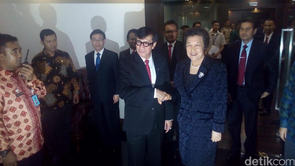 Yasonna Temui Menteri Kehakiman Cina Bahas Sita Aset Century di Hong Kong