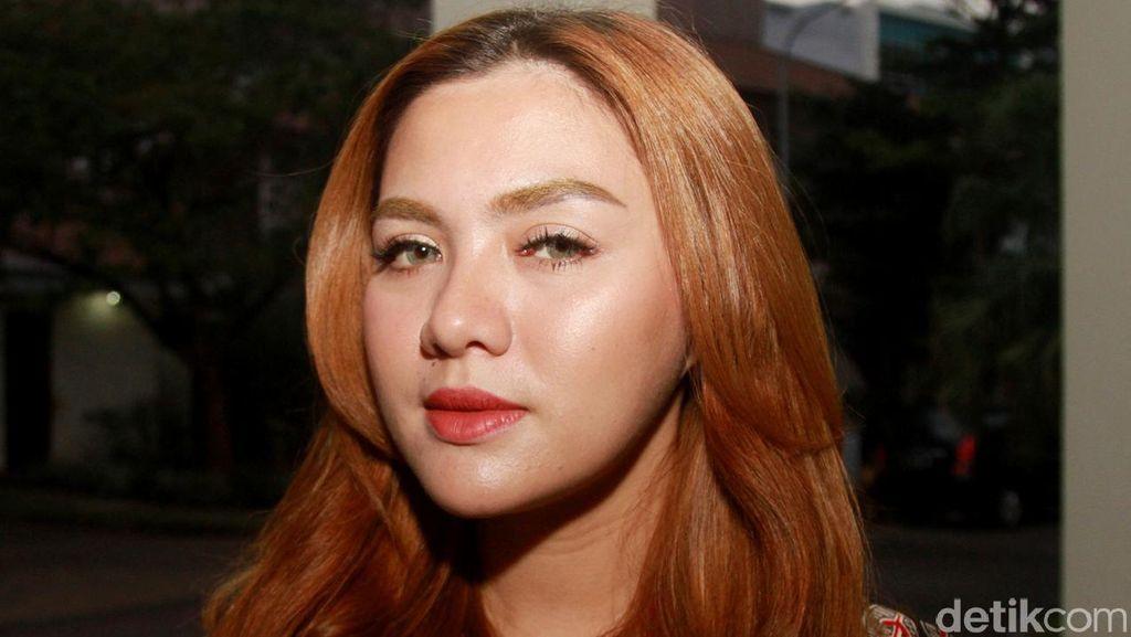 Vicky Shu Komentari Kabar Kedekatan dengan Pria yang Bermukim di Jepang