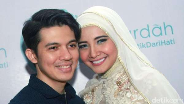 Irwansyah dan Zaskia Sungkar yang Makin Mesra