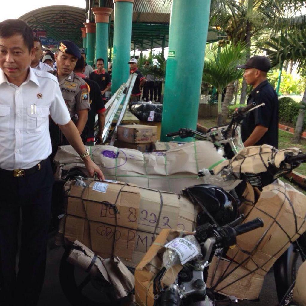 Cek Stasiun hingga Bandara Surabaya, Menteri Jonan Puas: Semua Siap dan Bagus
