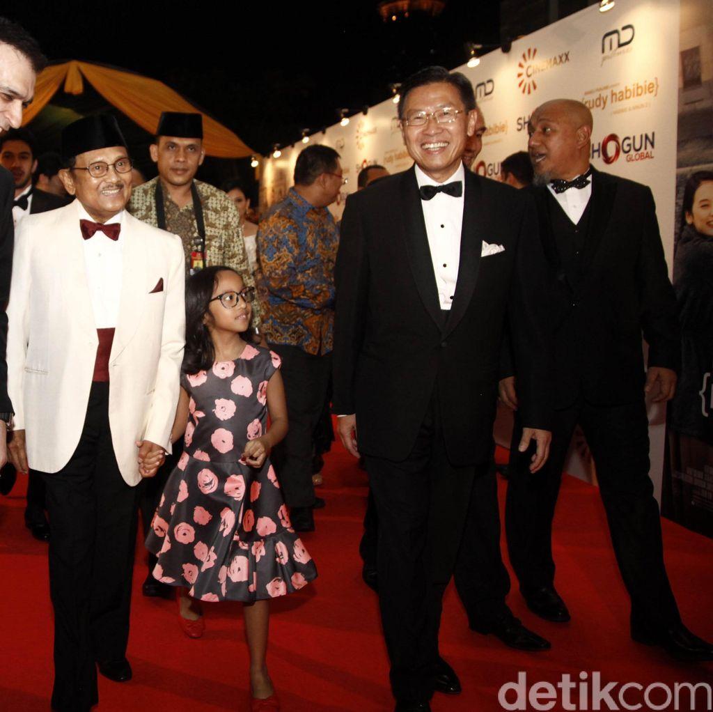 Gala Premiere Rudy Habibie, Persembahan Bagi Sang Tokoh