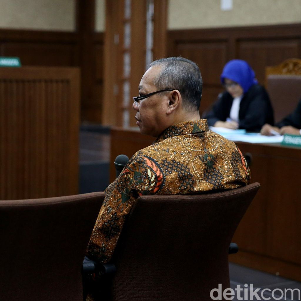 Hakim ke Tersangka Suap di PN Jakpus: Tentu Kami Kenal karena Kerja di Sini
