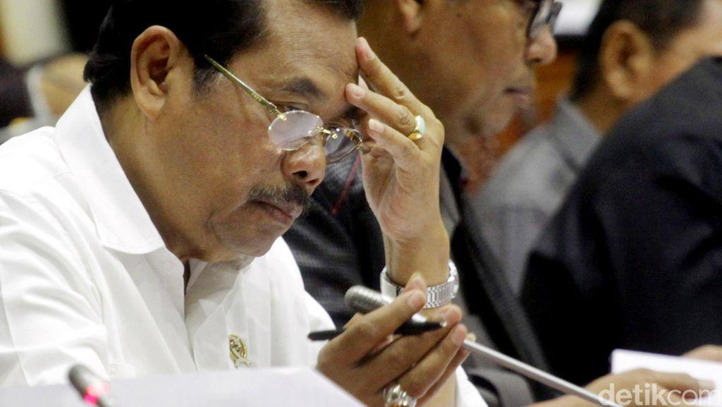 Jaksa Agung Berjanji akan Bersihkan Oknum Jaksa Nakal