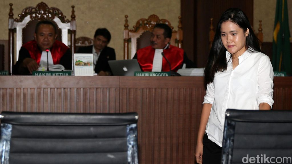 Saat Jessica Wongso yang Selalu Tegar Kini Menangis di Persidangan