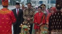 Jokowi: Kita Perlu Mereformasi Koperasi