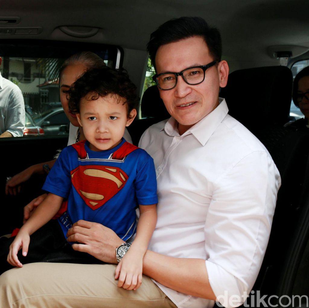 Berstatus Duda, Marcelino Lefrandt Bingung Anak Sakit