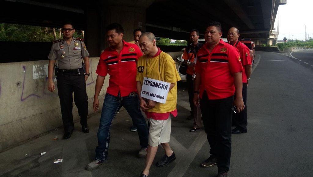 Rekonstruksi Kasus Pembunuhan Farah Berlanjut di Kolong Tol PIK