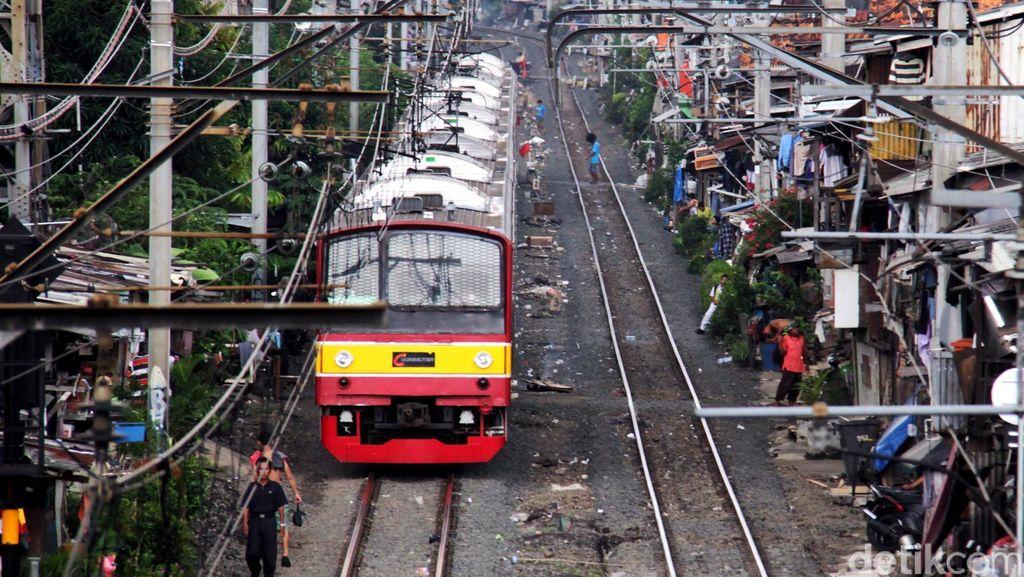 Ada Gangguan di Stasiun Serpong, Penumpang Diminta Cari Transportasi Lain