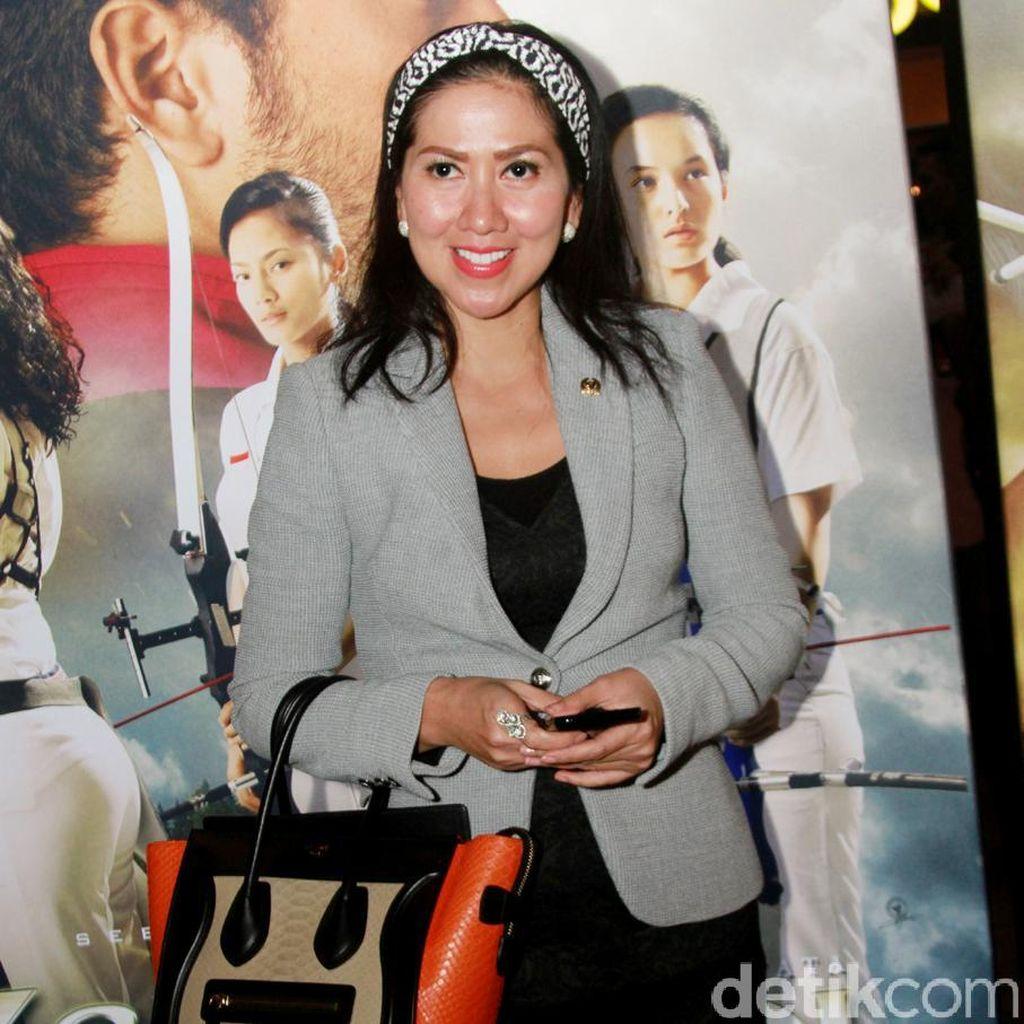 Venna Melinda Enggan Komentari Pernikahan Mantan Suaminya