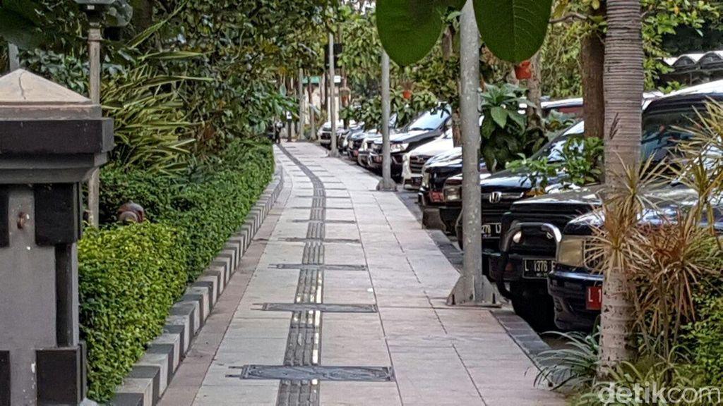 Tak Seperti di Jakarta, Trotoar Surabaya Bebas PKL dan Parkir Liar