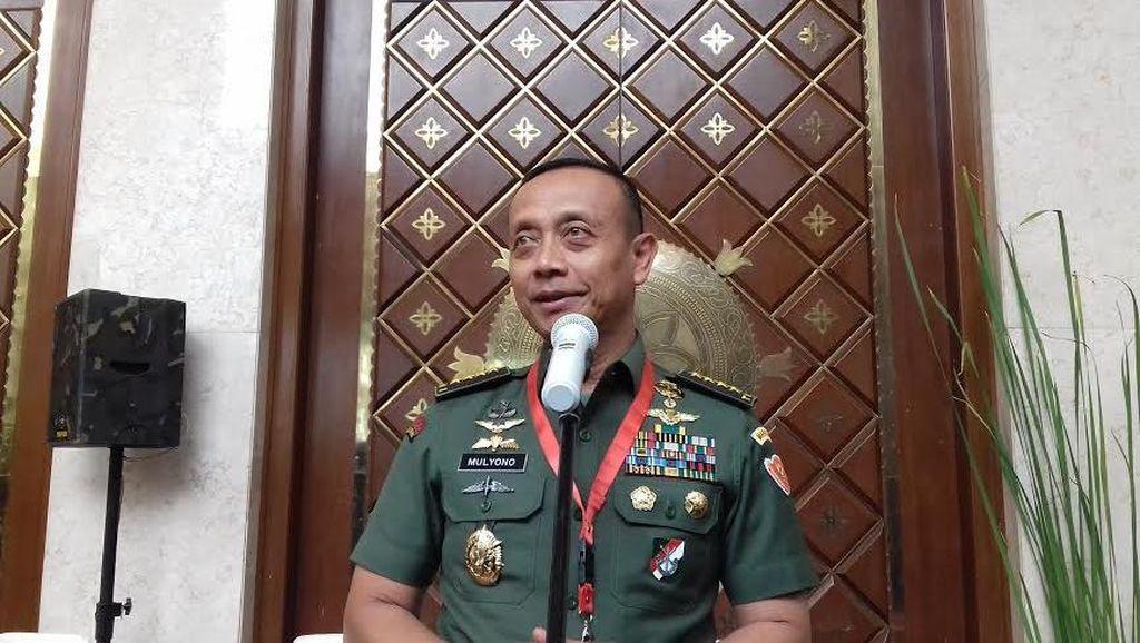 Cerita KSAD Jenderal Mulyono Soal Anak Kecil Pakai Kaos Mao Tse Tung
