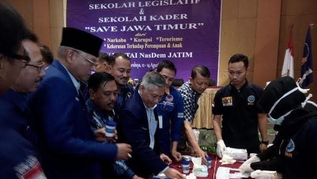 Gandeng BNN, 150 Kader NasDem di Jawa Timur Dites Urine
