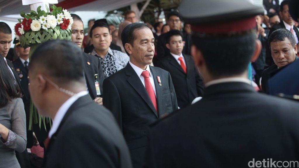 Presiden Jokowi Terima Kedatangan Ratu Belanda di Istana