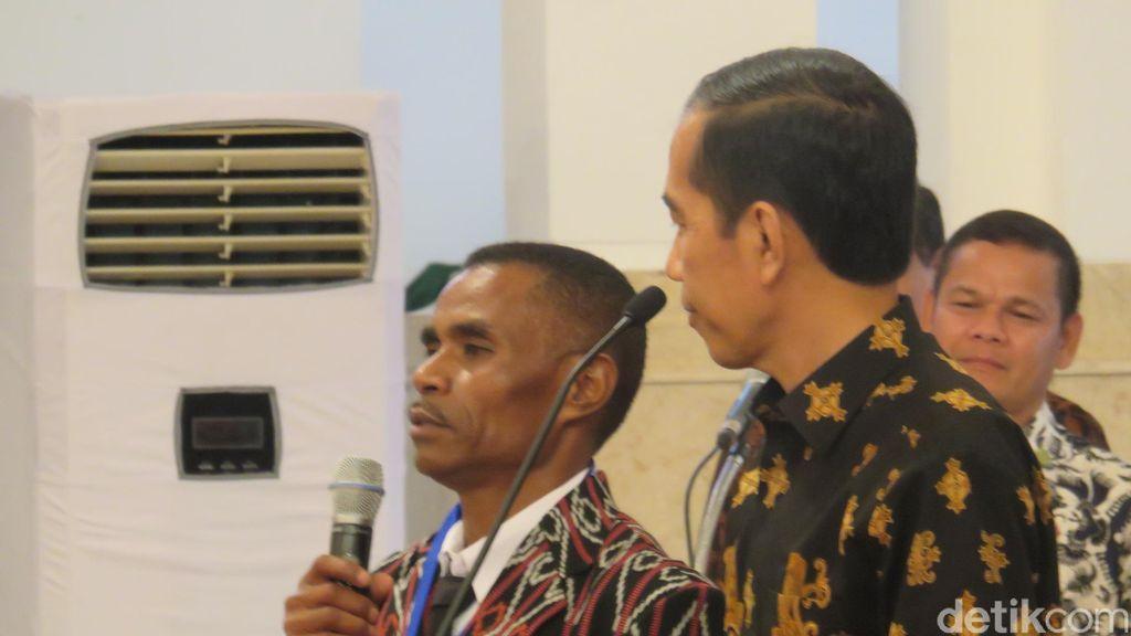 Cerita Kepsek di NTT yang Harus Seberangi 4 Sungai untuk Bertemu Jokowi