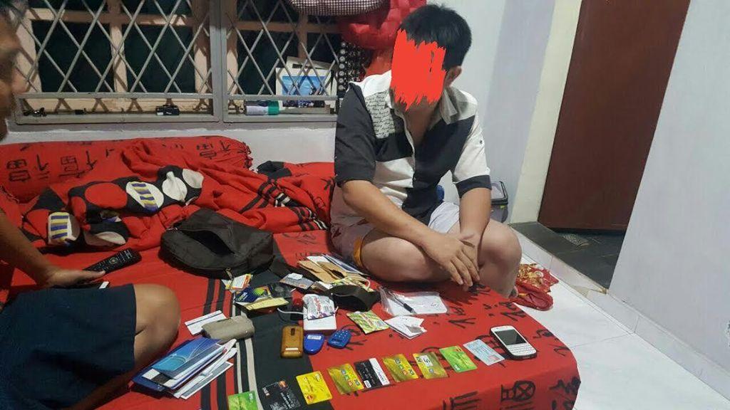 Pelaku Judi Online Dibekuk, Polisi Sita 15 Buku Tabungan dan 25 ATM