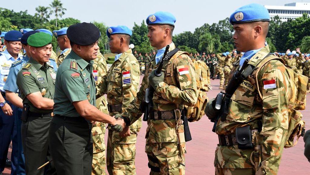 Panglima TNI Berangkatkan Satgas Kontingen Garuda